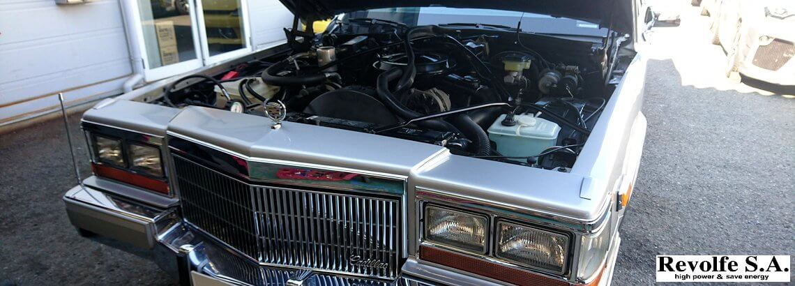 オーディオ修理、水温計取り付け – キャデラック・フリートウッド・ブロアム・エレガンス